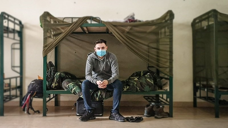 A foreigner at a quarantine place of Vietnamese military