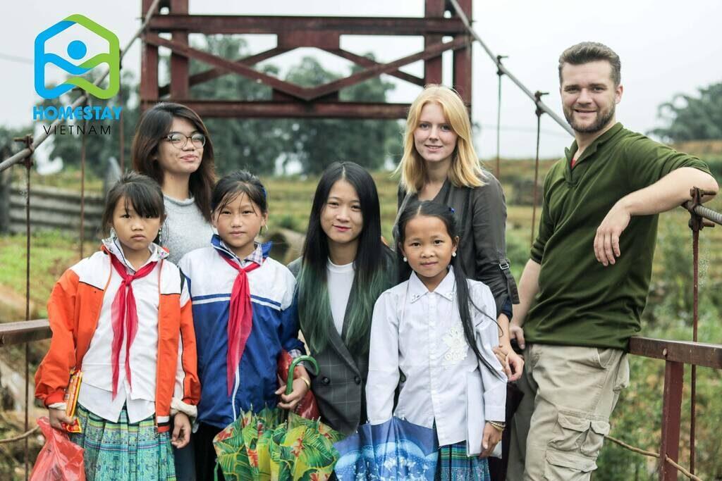 Helping ethnic children in Sapa
