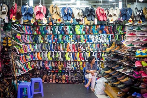 There are plenty of shoes for sale in Vietnam – however the sizes are for the smaller foot