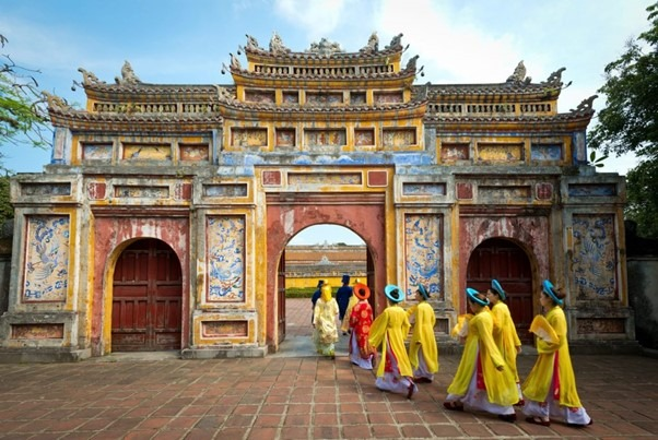 Hue – a relaxing historical place to visit